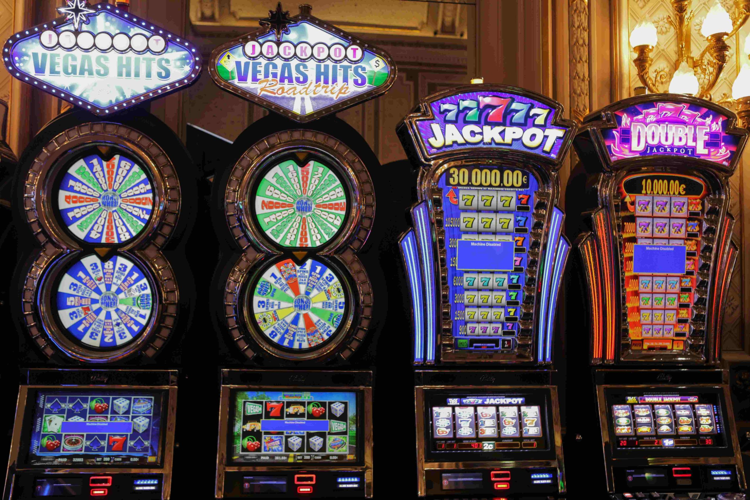 Between Online Casino & Offline Casino, Which One Should You Choose?